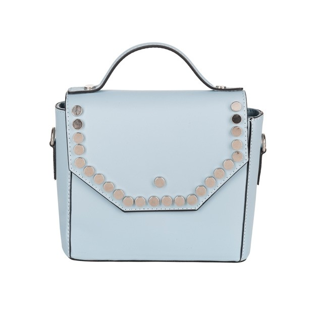 Włoska skórzana torebka listonoszka z klapką i z dżetami błękitna (4279)