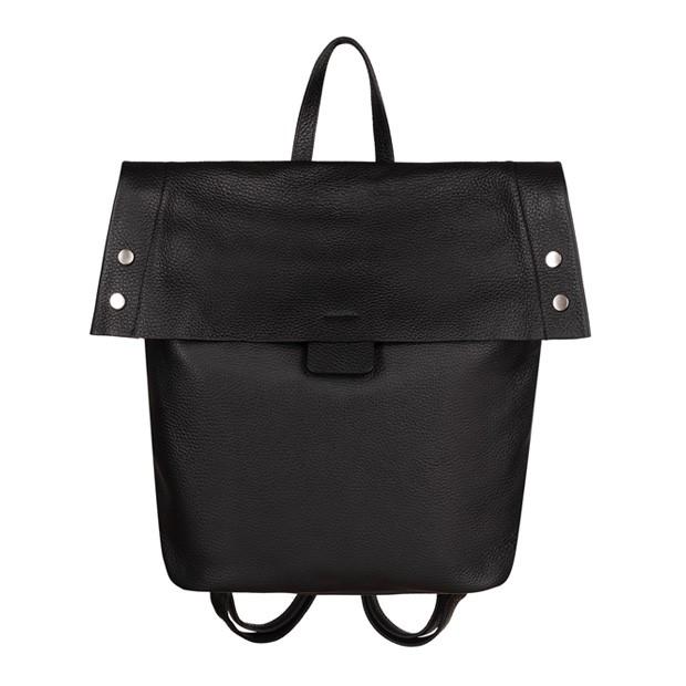 Włoski skórzany plecak czarny (TS-5854-01)
