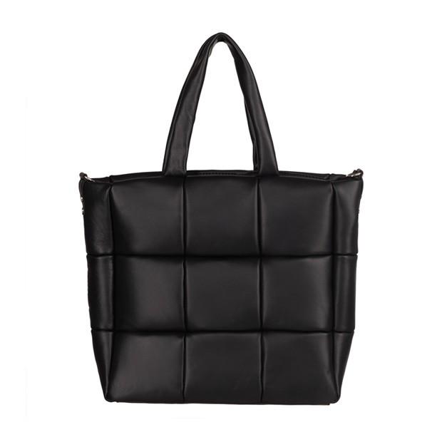 Włoska duża skórzana torebka na ramię pikowana czarna (TS-5898-01)