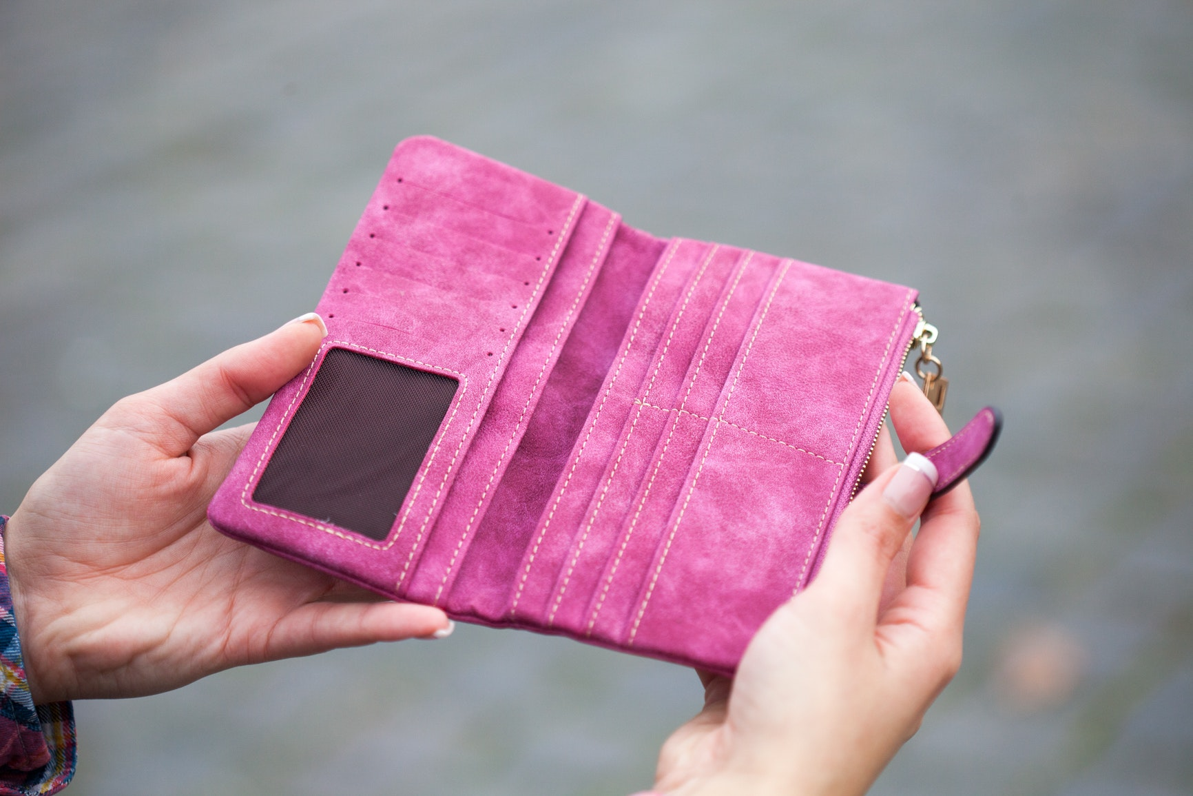 Między kartami – co mówi o Tobie Twój portfel?